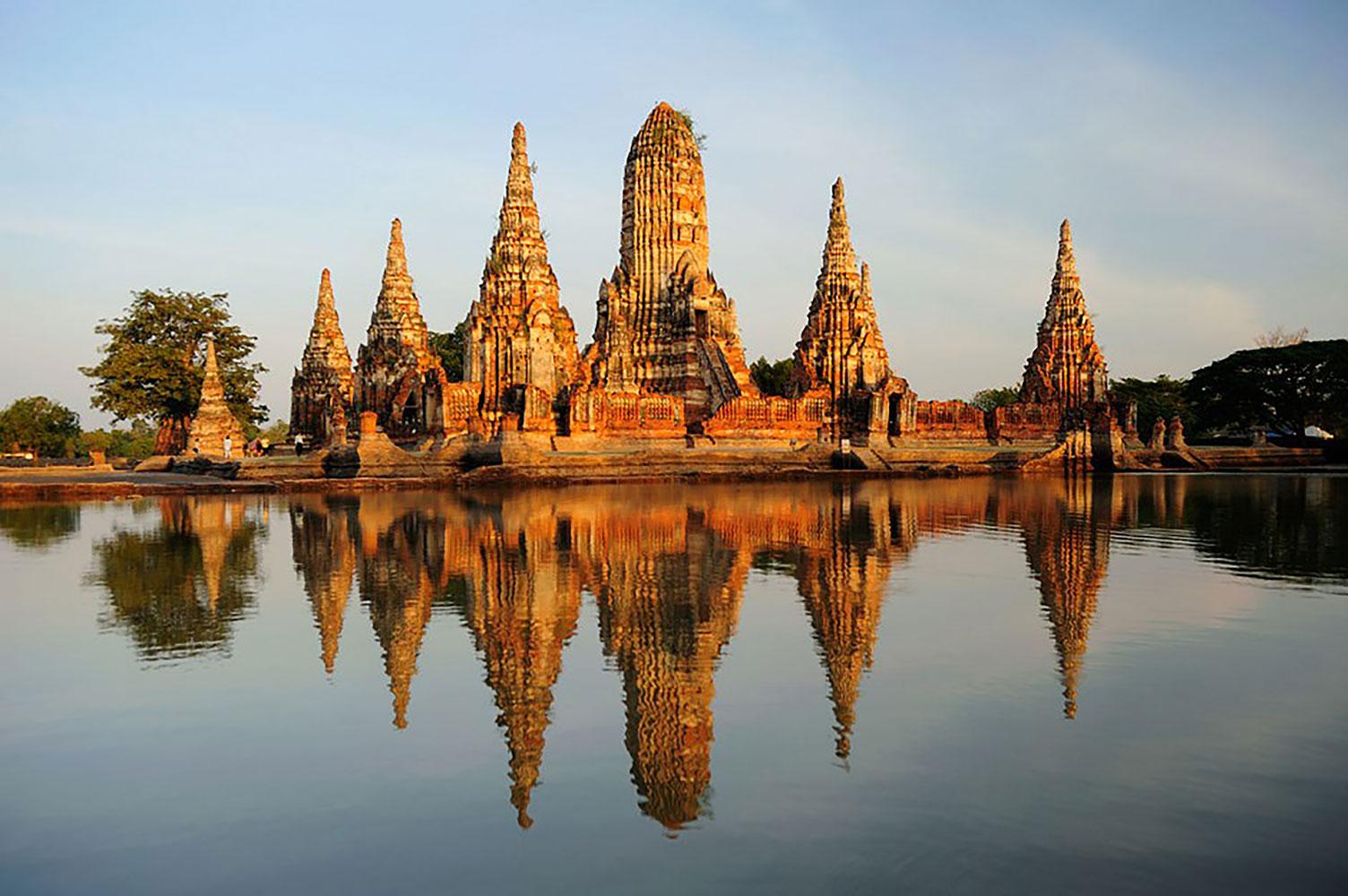 Temple lake filming location in Bangkok Thailand