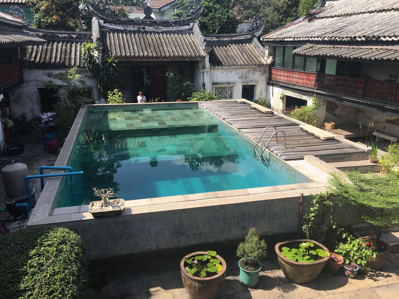 Bangkok Asian style pool filming location in Thailand